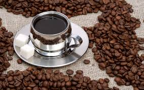 příprava kávy - šálek