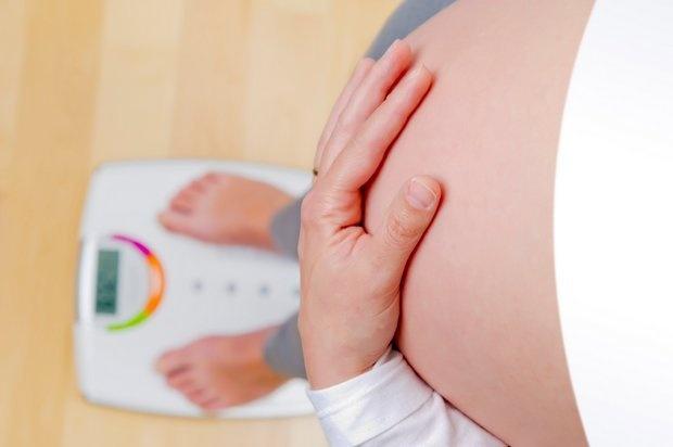 pribirani-v-tehotenstvi-telo-clanku