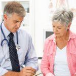 5 Tipů, jak vyzrát a zmírnit příznaky menopauzy